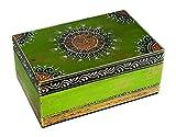 Out of the Blue 230053 Indische Holz-Box mit Buntem, orientalischen Dekor, handgearbeitet, Circa 17 x 11, 5 cm, grün