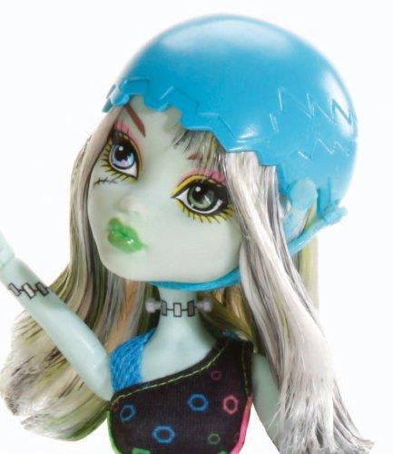 Imagen 3 de Monster High - Muñeca, Monstruopatinadora Frankie (Mattel X3672)