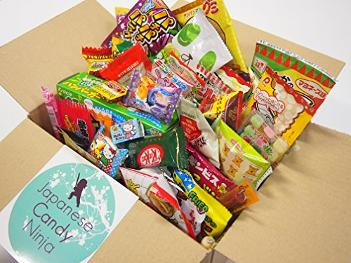 52 Japanese Candy and Snack Okashi Set (Halloween Kats Kit)