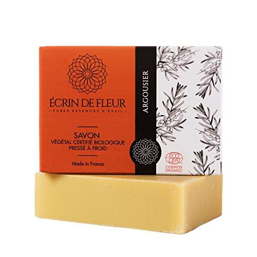 ÉCRIN DE FLEUR - Bio Sanddorn Seife, Ecocert Zertifikat | Naturseife kaltgerührt | mit dem Saft von Sanddornbeeren | Ideal für fettige Haut & unreine Haut | Ohne Palmöl, SLS & Chemie (Saft Seife)