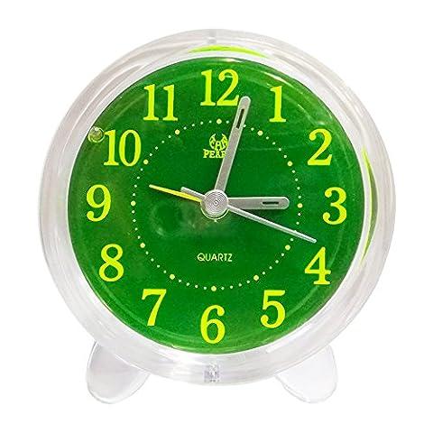 Pingenaneer Réveil Quartz Analogique pas de Tic Tac avec Fonction Snooze / Silencieux Chevet Réveil Horloge avec Veilleuse
