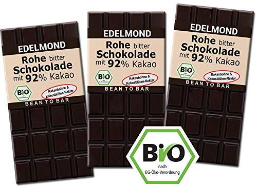 Rohe 92{1b4719b911e397c4d71953f80d8ac0482c973fd2624164ccf9d1bac23f0b09af} Bio Schokolade Edelmond. Nur Edel-Kakaobohnen und Kokosblüten-Nektar, absolute Fruchtopulenz! Vegan und Fair-Trade (3er Pack)