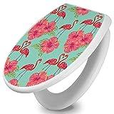 banjado Toilettendeckel mit Absenkautomatik   WC Sitz 42cm x 4cm x 37cm   Klodeckel weiß   Klobrille mit Edelstahl Scharnieren   Toilettensitz mit Motiv Flamingo Liebe