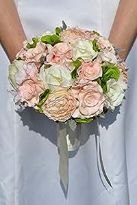 Rose rose délicate et ivoire, Renoncule rose et pivoine Bouquet