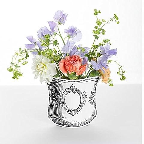 Vase en papier décoré de roses D7
