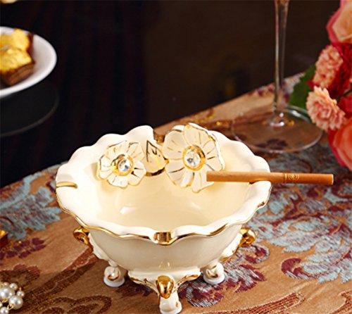 RENMEN Luxuskeramik Goldelfenbein Porzellan Aschenbecher Imperial Luxus Gold Aschenbecher Maskottchen Wohnzimmer