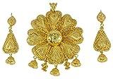 Banithani 18K vergoldet indische traditionelle ethnische Anhänger Ohrring Set Designer Schmuck
