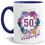 Tassendruck Geburtstags-Tasse 50 and Wonderful Geburtstags-Geschenk zum 50. Geburtstag ALS Geschenkidee für die Frau/Abstrakt / Bunt/Kaffeetasse / Innen & Henkel Dunkelblau