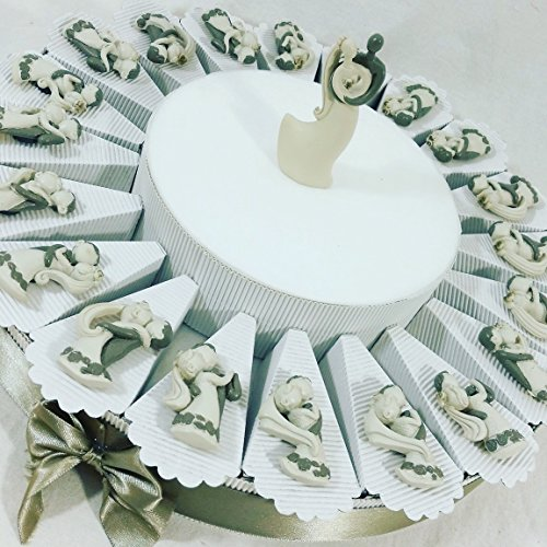 Bomboniere matrimonio sposi stilizzati calamita a torta bomboniera con 20 fette e 1 centrale innamorati sb