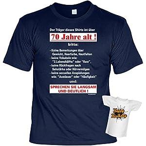 Geschenke Set GoodmanDesign zum 70. Geburtstag lustiges T-Shirt …sprechen sie langsam und deutlich und HAPPY BIRTHDAY Flaschenshirt Gr: XL in navy-blau : )