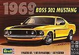 Revell 14313 `69 Boss 302 Mustang detailgetreuer Modellbausatz, Autobausatz 1:25, bunt