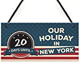 Planning a holiday in New York... The ideal sign to count down the days until your holiday in style, simply write on the chalkboard and watch as the days fly by until you're in the big apple! This gorgeous plaque makes an amazing Christmas gift but i...