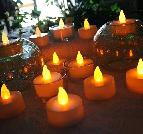 fourHeart LED Weihnachten Kerzen D36 x H36 MM (12er Set) Teelichter flammenlose Fest Licht Beleuchtung mit Flackereffekt batteriebetrieben, perfekt für Parties, Konzerte Hochzeit, Geburtstag und Festivals wie Halloween und Weihnachten entworfen - warm Gelb - 4