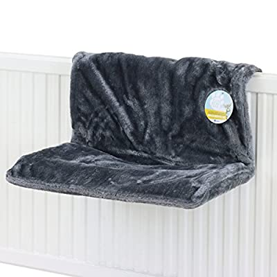 Me & My Pets Plush Grey Radiator Bed from Me & My Pets