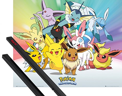 Poster + Sospensione : Pokemon Mini Poster (50x40 cm) Pikachu, Eevee, Jolteon Flareon Vaporeon Umbreon Leafeon Glaceon Sylveon E Coppia Di Barre Porta Poster Nere 1art1®