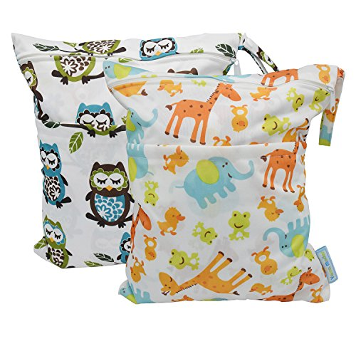 2-pcs-baby-wet-and-dry-bag-cloth-diaper-waterproof-bags-with-zipper-snap-handle-giraffes-and-owls