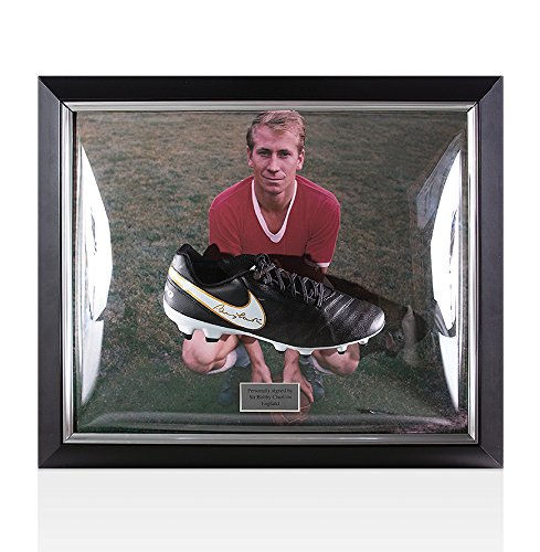 Framed Sir Bobby Charlton Signed Football Boot Nike Tiempo – Manchester United