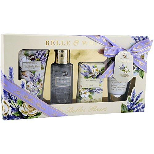 Gloss! Box Bad Les Belles Fleurs Lavendel (Duschgel 100 ml, Body Lotion 80 ml, Körperpeeling 80 ml, Seife 100 g), 1er Pack (1 x 4 Stück) Geschenk-Box - Bade-Geschenk (Bath Soap-geschenk-set)