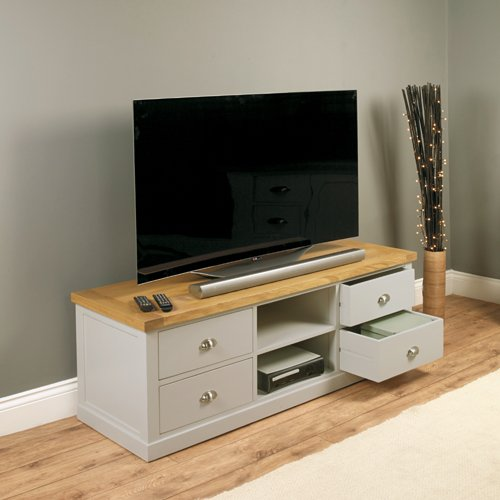 Baumhaus Chadwick Widescreen TV Cabinet