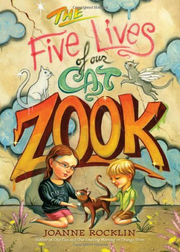 The Five Lives of Our Cat Zook por Joanne Rocklin