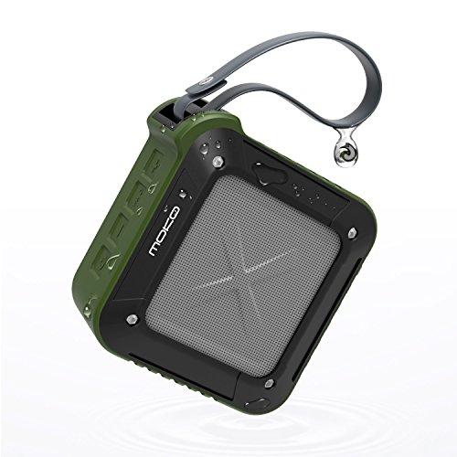 MoKo Altavoz Bluetooth Portátil Impermeable, Ducha Inalámbrica 4.0 Altavoz, Compatible con Smartphone, Tabletas, Laptop, Audio 5W y con Micrófono, 2000mAh batería recargable, Ejército Verde