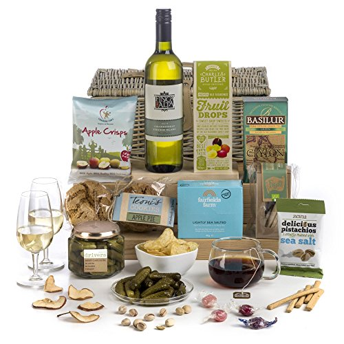 Hay Hampers - Vegan'uary Hamper In Wicker Basket- FREE UK Delivery