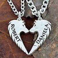 NameCoins Parejas lobo collares con nombres personalizados grabado, lobos hacen un corazón, corte de la mano con nosotros monedas, collares Nombre