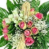 Blumenstrauß Geburtstag - Kreativ gebunden mit grün-rosa Rosen