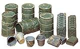 TAMIYA 35026 35026-1:35 Diorama-Set US/Dteutsche Kanister&Fässer, Modellbau,...
