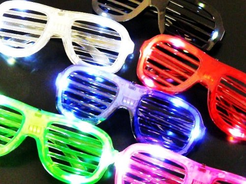N$B 4 STÜCK ATZEN LED LEUCHT PARTY BRILLEN KANEY WEST NERD BRILLE CLEAR