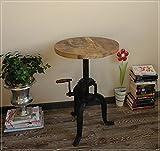 Höhenverstellbarer Tisch mit Metallgestell und Holzplatte im Usedlook