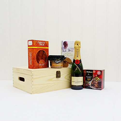 Fine Food Store Moet et Chandon Champagne and Perfect Gentlemans Moet et Chandon Champagne Hamper NV 37.5 cl