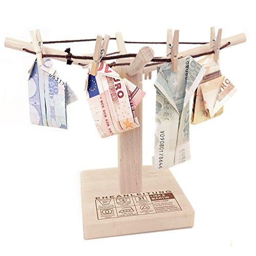 Casa Vivente – Wäsche-Spinne aus Holz mit lustiger Gravur – Eheanleitung – Personalisiert mit Namen und Hochzeitstag – Kreative Geld-Geschenke – Geschenkidee zur Hochzeit – 20 cm x 12 cm