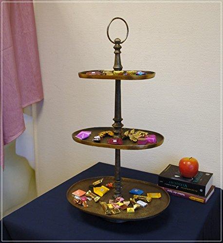 3-Stöckige Etagere aus Metall oval schwarzgolden Usedlook