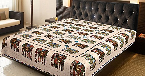 Stylo Culture Indische Tagesdecke Schlafzimmer Kantha Bettwäsche Double Off White Amrosi Applique Patchwork Elefant Hand genäht Decke Bettwäsche Bettdecke von (Hand Gesteppte Bettdecken)