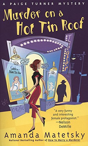 (Murder on a Hot Tin Roof (Paige Turner Mystery Book 4) (English Edition))
