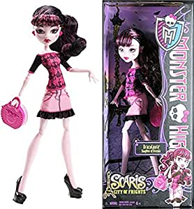 Monster High - Y0396 - Poupée - Draculaura - Scaris Travel City Of Frights