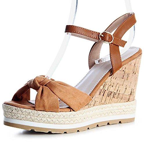 topschuhe24 , Sandales pour femme Camel