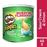 Pringles Sour Cream & Onion Flavored Chips, 40 g