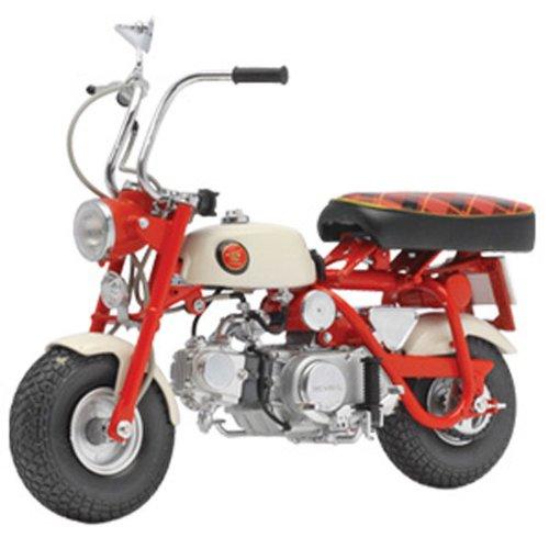 Honda Monkey Z50M 1967 (Red/White)