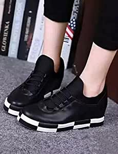 Women's Shoes Leather Flat Heel Comfort / Round Toe Fashion Sneakers Outdoor / Athletic / Casual Black / Silver , silver-us8 / eu39 / uk6 / cn39 , silver-us8 / eu39 / uk6 / cn39