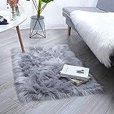 HEQUN Faux pelliccia di agnello di pecora tappeto, pelliccia sintetica decorativa Super Soffice Pelliccia di agnello imitazione Tappeto Longhair effetto pelliccia divano letto (Grey, 60×90)