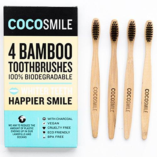 Cocosmile 100% Biodegradabile Spazzolino da denti Grande di bambù di legno per sbiancamento dei denti, viene fornito con morbide setole e del carbone di legna è eco-friendly, vegan e Cruelty-Free (Value Pack Of 4 spazzolini da denti)