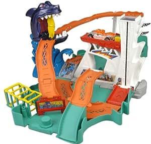 hot wheels p8339 circuit pour voiture portable conception de requin jeux et jouets. Black Bedroom Furniture Sets. Home Design Ideas