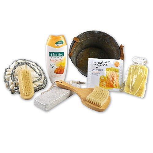 Handverpacktes Geschenk-Set Honigtopf mit Peelingseife sowie Palmolive Duschbad plus Dresdner Essenz Wellnessbad und Massagezubehör