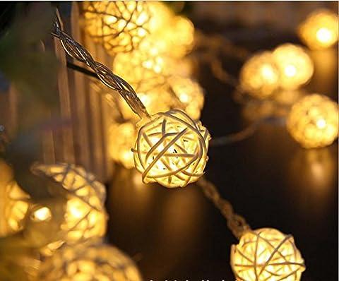 Solar Energy LED Light Post Wedding Decoration Light Christmas Decorative Products Solar Cotton Ball Light Lantern String Battery , beige