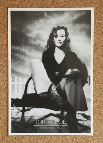 celebrity-famous-people-postcard-tori-amos