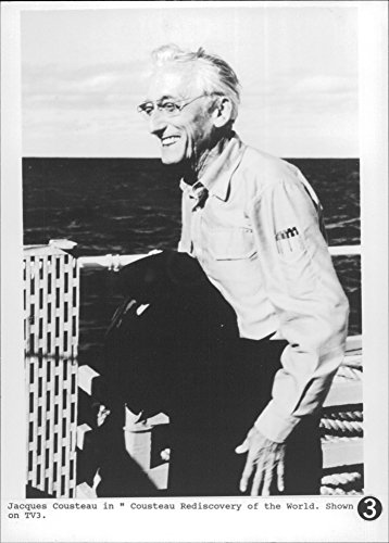 vintage-photo-of-jacques-cousteau-tv3-show
