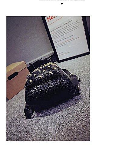 Gaorui Damen Tasche Rucksack Backpack mit Niete Schwarz PU Leder Reisen Henkeltasche Gold