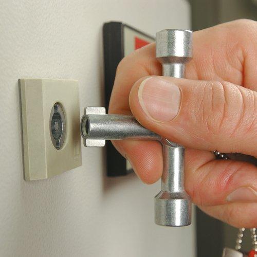 KNIPEX 00 11 03 Schaltschrank-Schlüssel für gängige Schränke und Absperrsysteme 76 mm - 2